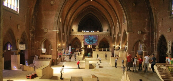 교회 변형.jpg