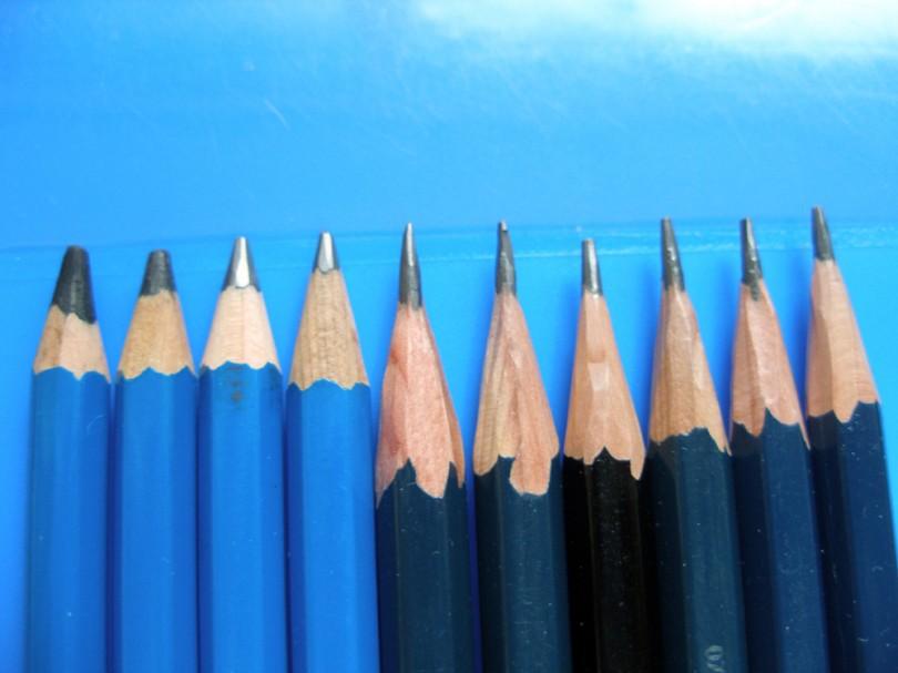 연필.jpg